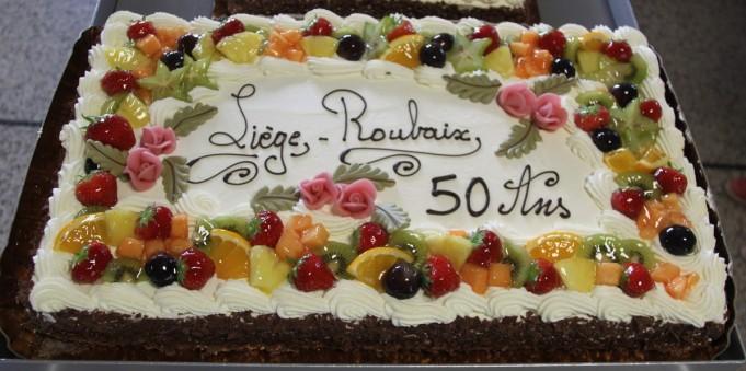 Gâteaux des 80 ans du pèlerinage liégeois à Banneux